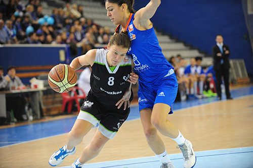 Female, elite basketball makes its way in the Basque Country