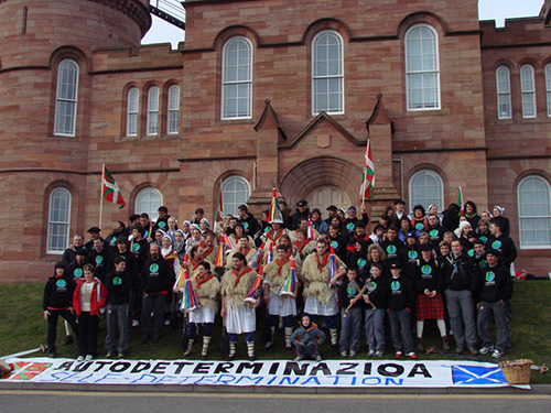 Basque-Scottish demands in Scotland in 2008 | Photo by http://eskoizal.wordpress.com/